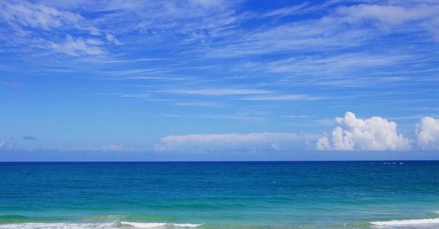 beach-1209229_640.jpg