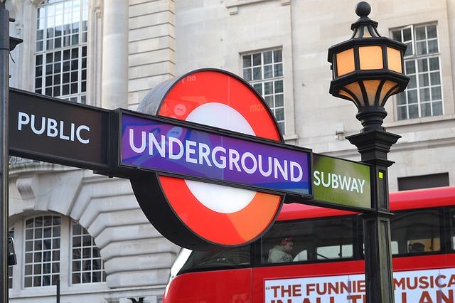 london-1214375_640.jpg