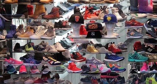 shoes-1713338_640-2.jpg